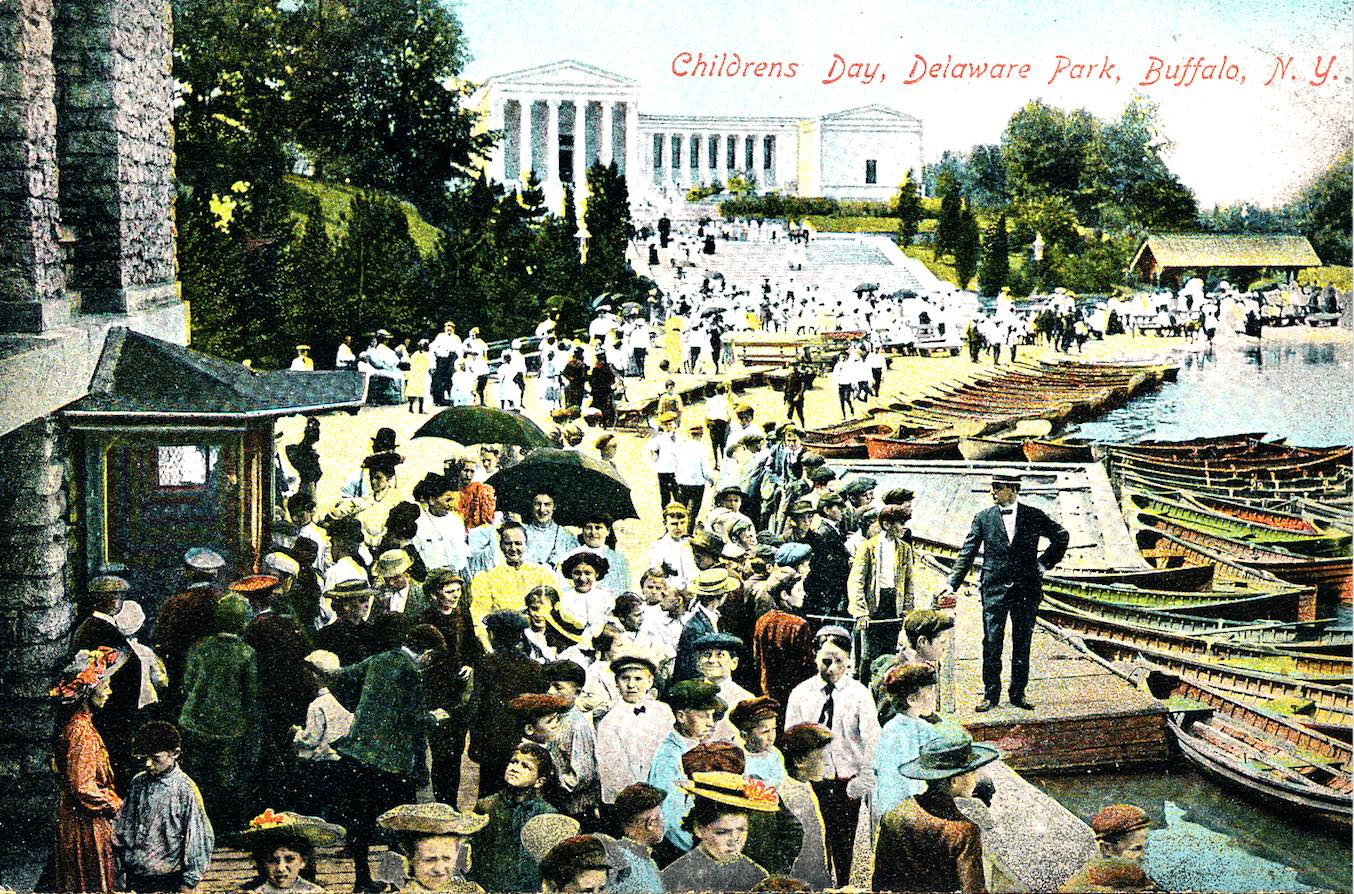Delaware Park Childrens Day_vintage